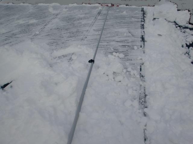 太陽光パネル雪おろし21.JPG